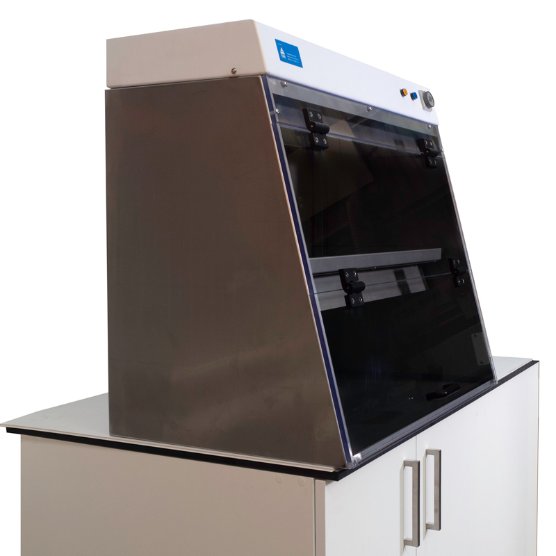 PCR Cabinet Side-view